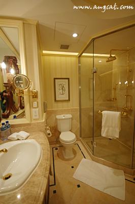 厕所 家居 起居室 设计 卫生间 卫生间装修 装修 266_400 竖版 竖屏